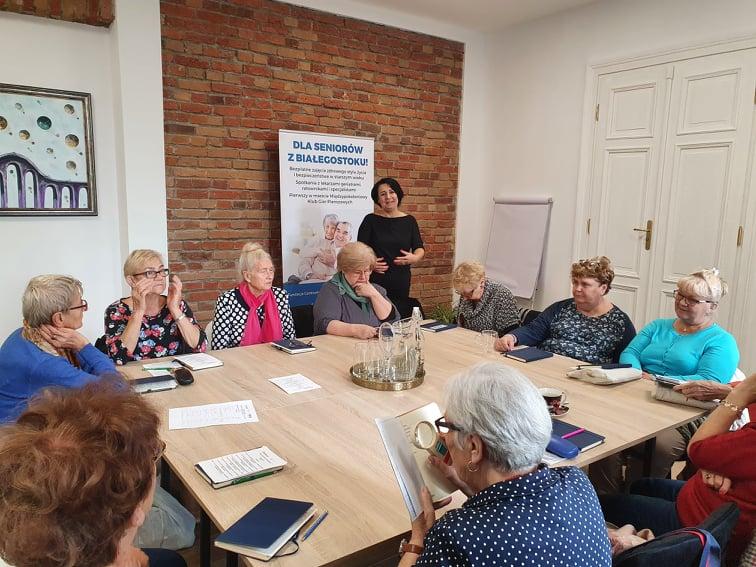 Ruszył projekt adresowany do seniorów z Białegostoku